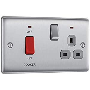 BG Electrical Switched Cooker Control Unit with a Power Indicator and Socket, 45 Amp, Brushed Steel