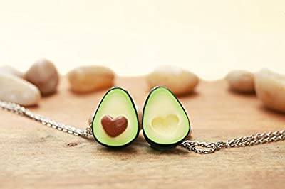 Avocat Colliers d'amitié - w / wo initiales - bijoux alimentaires - collier d'avocat, fête des mères, bijoux d'amitié, cadeau personnalisé