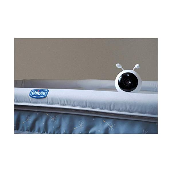"Wisenet SEW3048 Video Baby Monitor 4.3"" with Eco Flex Fit Digital Camera. Mother&Baby Best Baby Monitor Gold Award 2019. LCD Wide Screen, Fast Video and Sound Response Wisenet Two-way communication enabled so you can talk to, soothe and relax your little one from anywhere in your home Crystal clear night vision allows you to keep an eye on your little one without any worry in crystal clear quality 7 bedtime music and white noises that will help to soothe your little one and keep them relaxed throughout the night 9"