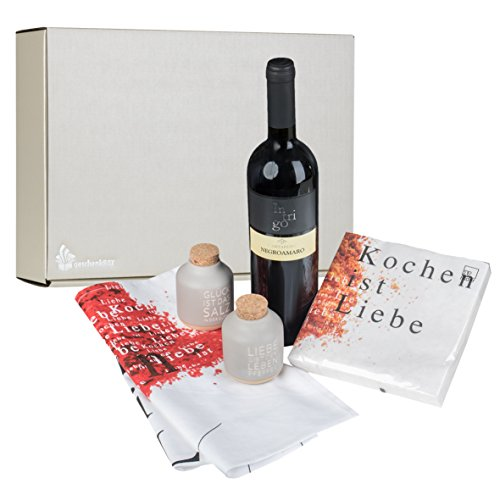 Geschenkbox Kochen ist Liebe Räder Küchentuch, Salz&Pfeffer, 0,75 Liter Rotwein Negroamaro Intrigo alles in hochwertiger Präsentbox (Salz Und Pfeffer Und Serviette)