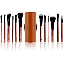 Estuche de 12 brochas de maquillaje esenciales. Incluye 12 pinceles de maquillaje profesionales fabricados con Taklon pelo para crear un look completo. Brochas de la mejor calidad para rostro y ojos elegidos por los maquilladores profesionales en marrón y negro.