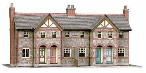 B30 Superquick 4 Terraced Houses - 1/72 OO/HO - Card Model Kit