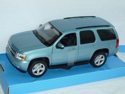 chevrolet-chevy-tahoe-blau-2008-suv-1-24-welly-modellauto-modell-auto
