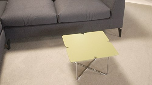 Möbel Akut Couchtisch ROLF Benz Freistil 195 Design Kleeblatt 49 x 49 cm grauolive Gestell Chrom