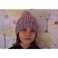 Gorro de rallas niña de lana hecho a mano de color lila y rosa con pompón 4b59d438f75