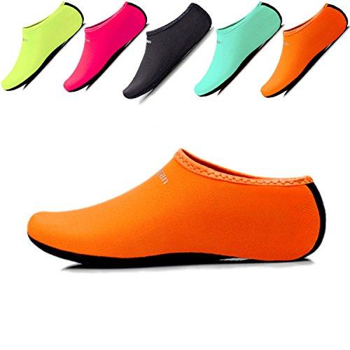 JIASUQI Unisex Sport Wasser Haut Schuhe Aqua Sand Socken für Frauen und Männer, Strand Schwimmen Yoga Übung Orange EU 42-44