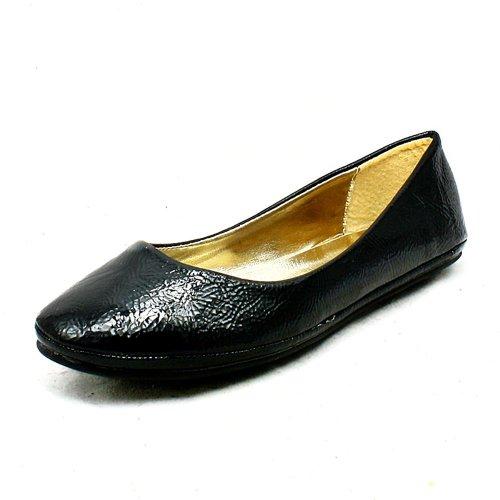 Ladies plaine chaussures / Pompes Black Patent