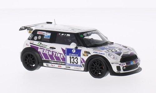 mini-jcw-no133-racing-4-friends-nexen-24h-nurburgring-2014-modellauto-fertigmodell-spark-143