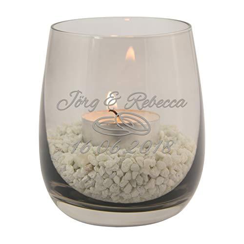 Geschenke 24 Teelicht zur Hochzeit mit persönlicher Gravur (Grau, Ringe) - buntes Glas Windlicht personalisiert mit Namen und Datum - persönliche Hochzeitsgeschenke für Brautpaar