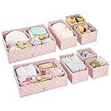 mDesign 8er-Set Aufbewahrungsboxen Kunststoff – Schubladenboxen mit verschiedenen Fächern – Kinderschrank Schubladen Organizer für Kleidung, Kosmetik, Windeln, Tücher, Lotion etc. – rosa/weiß