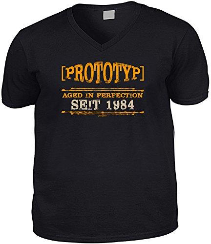 Cooles V-Neck - T-Shirt als Geschenk zum 32. Geburtstag - Super Funshirt - Goodman Design® Gr: Farbe: schwarz Schwarz