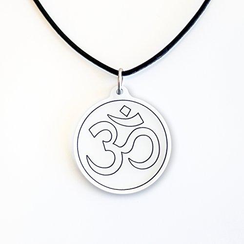 Om Zeichen als modischer Anhänger mit verstellbarer Länge - Qualität - Made in Germany - Hindhu Mantra Anhänger - Indien Yoga Halskette - Aum Ohm Om Hindu Symbol und Amulett (transparent)