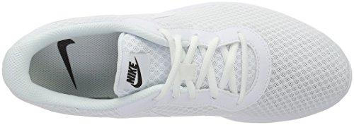 Nike  Wmns Tanjun, Entraînement de course femme Blanco (White / White-Black)