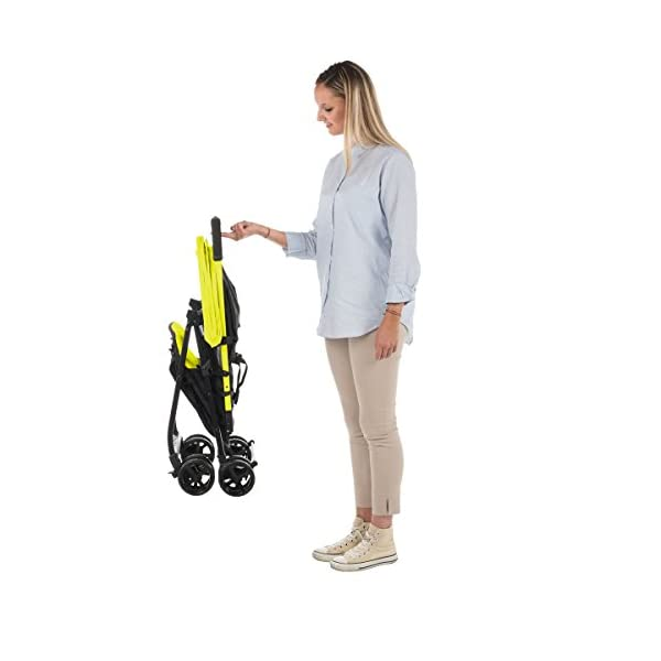 Chicco Buggy Ohlala, Citrus  Can even be lifted with one finger. pure comfort and style. The backrest is adjustable to the flat reclining position. adjustable footrest. With continuous slide for a smooth ride and sliding with only 1 hand. 6