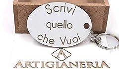 Idea Regalo - ArtigianeriA - Portachiavi in legno, personalizzato con testo a scelta. Realizzato a mano interamente in Italia. Idea regalo per ogni occasione.