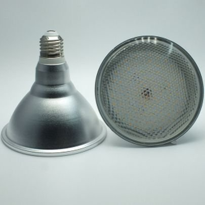 18 Watt PAR 38 LED Lampe, Strahler, Fassung E27, Lichtfarbe warmweiß 2700 Kelvin, 1500 Lumen entspricht ca. 150 Watt Glühlampe, 120° Ausstrahlwinkel. Schutzklasse IP44 für Innen und Außen
