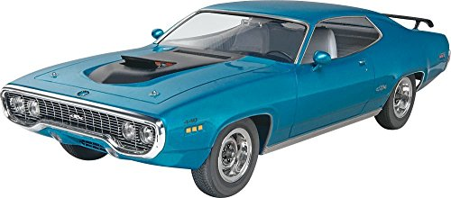 revell-monogram-71-plymouth-gtx-plastic-model-kit