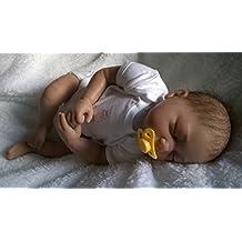 Reborn bebé muñeca Lilian, Heavy, 22cm de largo, marrón pelo y chupete magnético–niña–ycn muñecas