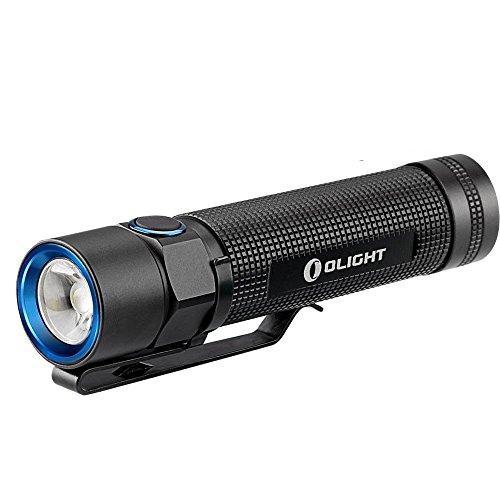 Preisvergleich Produktbild Olight® S2 Baton Led Taschenlampe Cree XM-L2 LED Schwarz - 5 Modi inkl. Stroboskop,  max. 142 Meter,  950 Lumen,  eingebauter Timer,  spritzwassergeschützt – angetrieben durch 1 x 18650 Akku oder 2 x 16340 CR123A Batterien / RCR123A Akkus (Nicht enthalten)