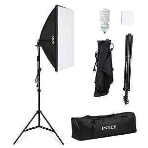 INTEY Photo Studio Softbox 50 x 70 cm avec Ampoule E27 de 85W, Kit d'éclairage Photographie avec Support Triangulaire et Sac de Protection, Softbox pour des Effets d'éclairage Doux