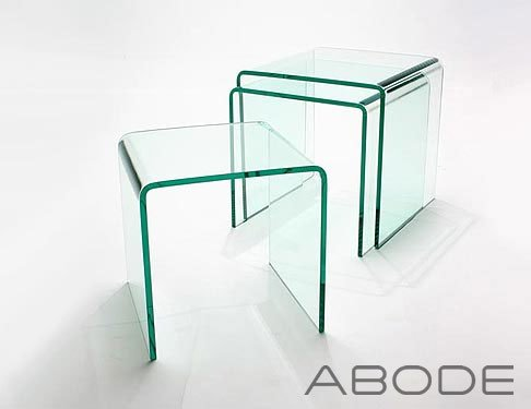 SET OF 3 BENT CLEAR GLASS NESTING TABLES 42 x 42 x 42 cm 12mm