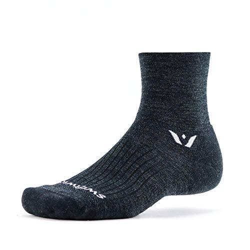 Swiftwick Pursuit Vier Socken, hergestellt für Trailrunning & Radfahren, Merinowolle, schnelltrocknend, Ultimative Haltbarkeit, Quarter Crew - Grau - Large