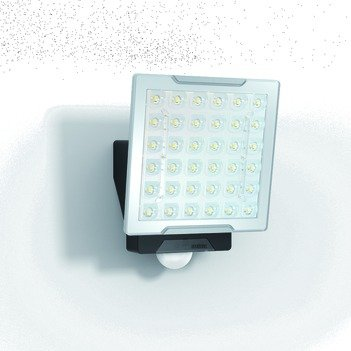 Price comparison product image LED spotlight 25W 2400lm XLED IP54 sw mt Konv