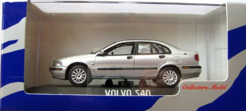volvo-s40-silber-143-minichamps