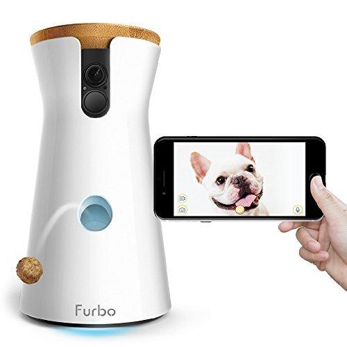 Produktbild bei Amazon - Furbo Hundekamera: Full-HD-Wifi-Haustierkamera mit 2-Wege-Audio, Leckerli-Ausgabe und Bell-Alarm (bekannt aus VOX hundkatzemaus)