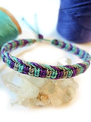 Bracelet brésilien/amitié/bijoux unisexe en fil Violet Gris et Bleu ciel/turquoise tissé main en macramé avec du fil ciré Réf.3PPGrisTurqVio