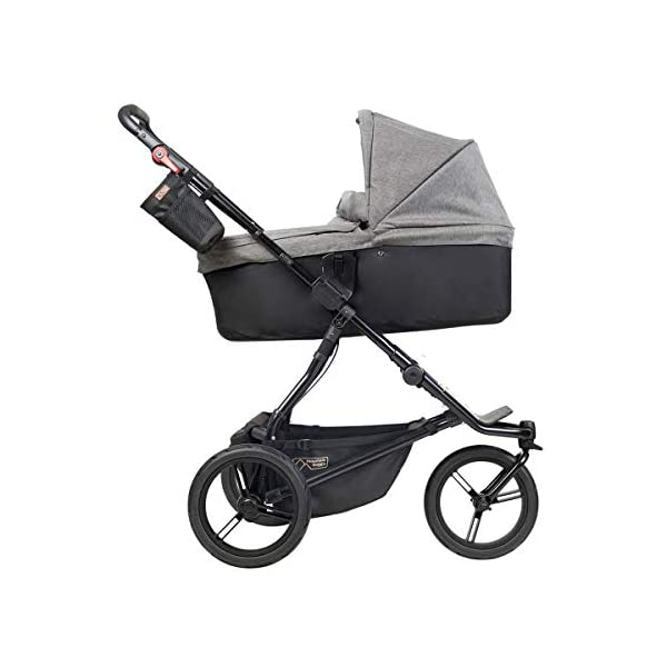Mountain Buggy Model: Urban Jungle Luxury Collection Herringbone Including Changing Bag and Baby seat (carrycot Plus) Mountain Buggy Box contents: 1 Mountain Buggy Urban Jungle Luxury Collection Herringbone including changing bag and baby seat (carrycot plus) Product weight: 11.5 kg Seat load: 25 kg 2