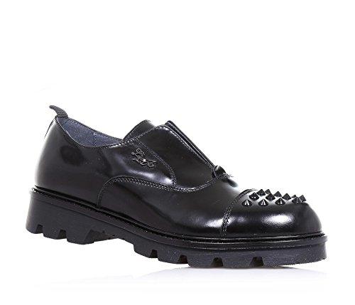 LIU JO - Chaussure à l'anglaise noire en cuir brillant, avec logo métallique latéral, petits clous sur la pointe, coutures visibles, Fille, Filles, Femme, Femmes Noir
