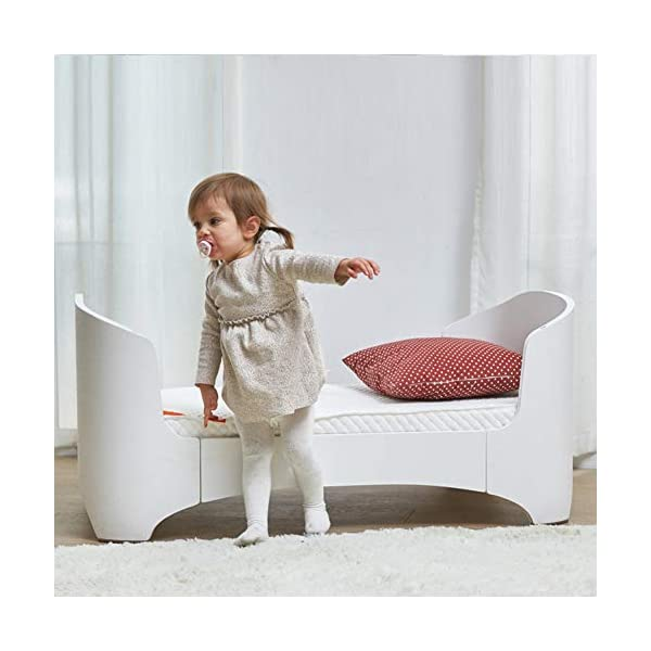 KLI Multi-Function Newborn Infant Crib Solid Harmless Harmless Paint Wood Baby Cradle Rocking Bed,120 * 68 * 94Cm,Brown KLI 1.Shipping list: crib,mat 2.Size:120*68*94cm 3. 2 grade height adjustment: grade 1 (55cm from the floor)can be used for baby in 0-6 month, convenient to take out baby; grade 2 (22cm from the floor) for baby in up to 4 years old and can stand independently 7