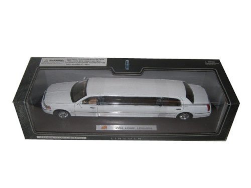 2003-lincoln-town-car-limousine-white-diecast-car-model-by-sunnyside