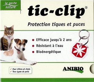 mdaille-tic-clip-pour-la-protection-contre-les-tiques-et-les-puces