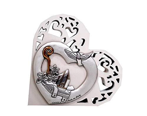 Cvc srl - bomboniera per cresima in legno bianco tagliato laser a forma di cuore con raffigurazione colomba e cappello papale in argento bilaminato 925 e oro