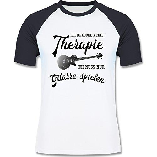 Shirtracer Instrumente - Ich Brauche Keine Therapie Ich muss Nur Gitarre Spielen - Herren Baseball Shirt Weiß/Navy Blau