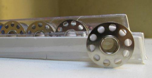 naehfadensortiment-32-farben-rollen-und-spulen-2