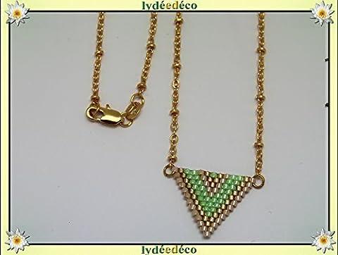 Collier plaqué or perles japonaises vert luminous doré beige tissage