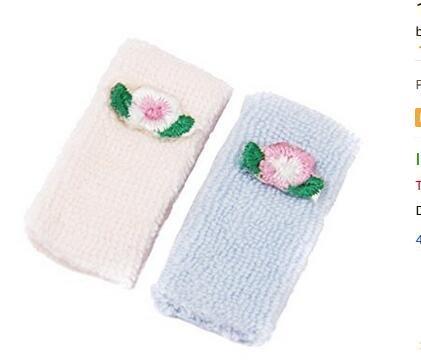 Isuper 1/12Badetuch Puppenhaus Miniatur Handtücher 2Stück Pink und Blau