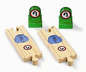 BRIO 33763 Wooden Railway System: Smart Track Changer
