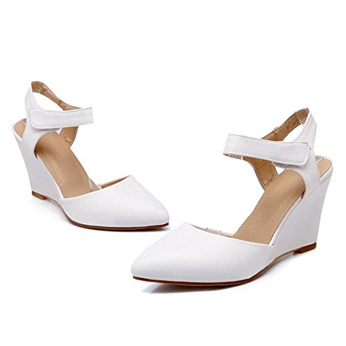 Adee Femme auto-agrippantes pointed-toe polyuréthane Pompes Chaussures Blanc