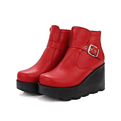 AgooLar Damen Metall Schnalle Rund Zehe Wedges Plattform Niedrig-Spitze Stiefel Rot