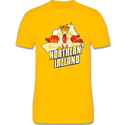 EM 2016 - Frankreich - Northern Ireland Umriss Vintage - Herren Premium T-Shirt Gelb
