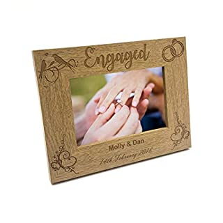ukgiftstoreonline Personalised Engagement Wooden Photo Frame Gift (5 x 7 Inch)