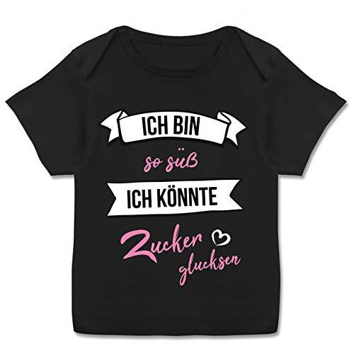 Up to Date Baby - Ich Bin so süß ich könnte Zucker glucksen - 56-62 (2/3 Monate) - Schwarz - E110B - Kurzarm Baby-Shirt für Jungen und Mädchen -