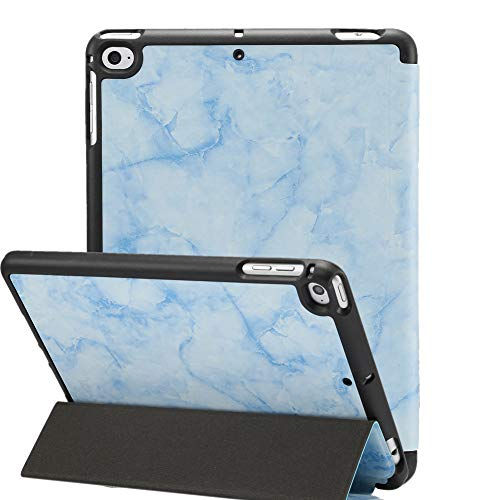 Jctek iPad Mini 5 Hülle 2019 mit Stifthalter, Premium Trifold Case mit Auto Sleep/Wake Funktion, Ultra Slim TPU Back Cover für Apple iPad Mini 5. Generation Sky Blue Marble 7.9 inch - Mini Tri Fold Wallet