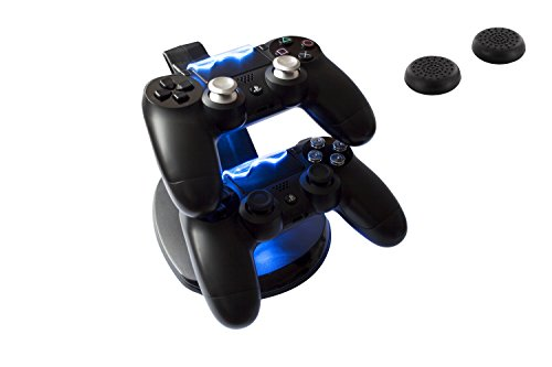 GAMINGER Ladestation für 2 PlayStation 4 PS4 Dualshock Controller, mit LED-Ladestatusanzeige, in schwarz, Aktionszugabe 2 Thumb Grips
