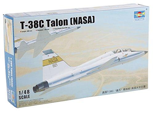 Trumpeter 02878 - Modellbausatz US T-38C Talon NASA