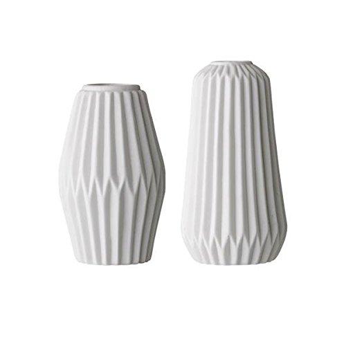 Fluted Vase (Bloomingville Vase Porzellan Fluted, 2er Set (immer zu zweit kommissionieren bitte Danke))